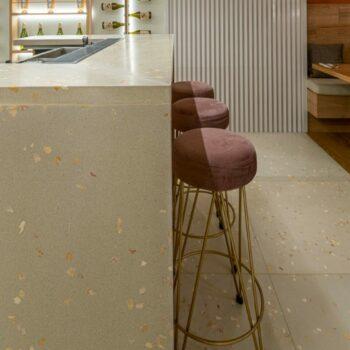 Huguet Terrazzo 100x100cm tiles and bar